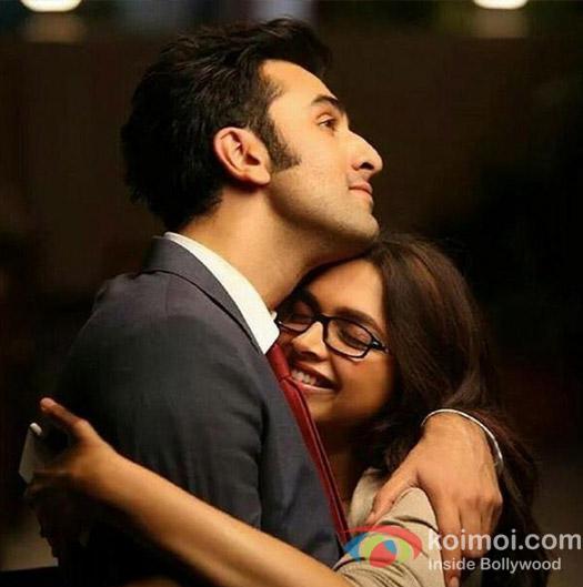 Ranbir Kapoor and Deepika Padukone in a still from movie 'Yeh Jawani Hai Deewani'