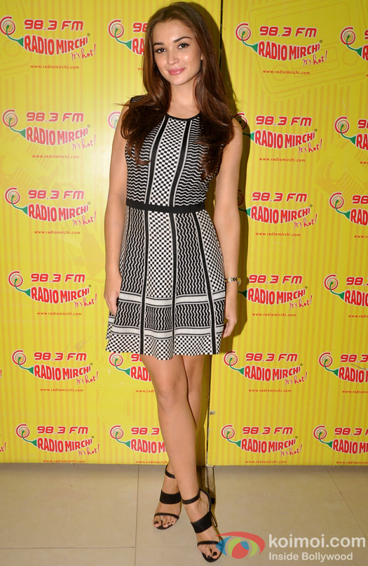Amy Jackson Promoting Singh is Bling At Radio Mirchi