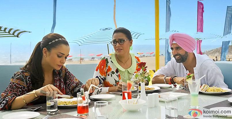 Amy Jackson, Lara Dutt and Akshay Kumar in a still from movie singh is bling