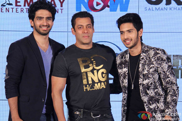 Amaal Mallik, Salman Khan and Armaan Malik During The Hero Music Concert