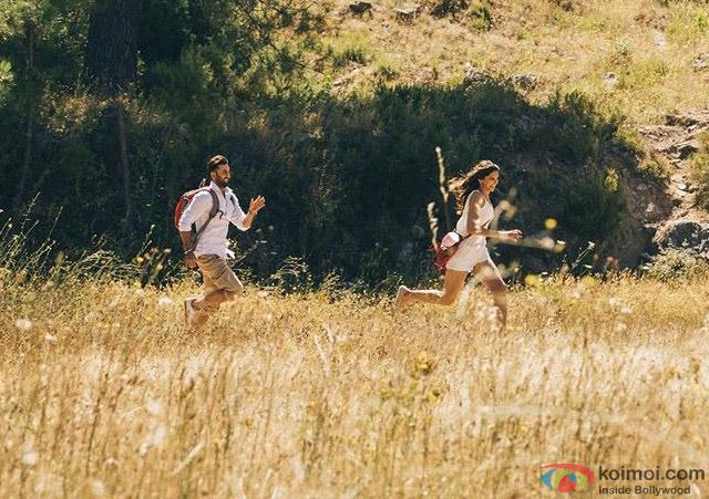 Ranbir Kapoor and Deepika Padukone in a still from movie 'Tamasha'