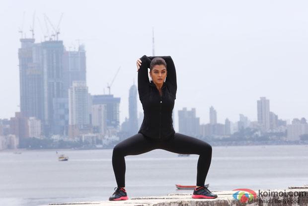 Aishwarya Rai Bachchan in a still from movie Jazbaa's latest song- Kahaaniyaan