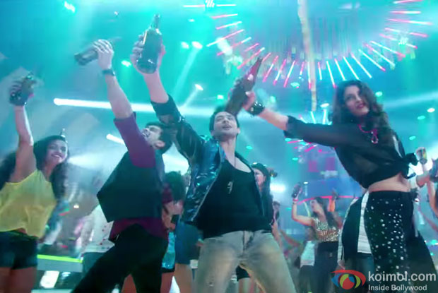'Party Karni Hai'  song still from movie 'Wedding Pullav'