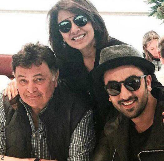 Rishi Kapoor , Neetu Singh and Ranbir Kapoor