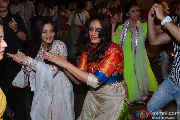 Alvira Khan Huma Qureshi and Daisy Shah the Salman Khan's ganpati visarjan