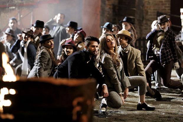 Shahid Kapoor and Alia Bhatt in a 'Gulabo' song still from movie 'Shaandaar'