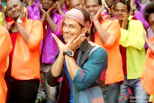 Kunal Khemu in still from movie Guddu Ki Gun