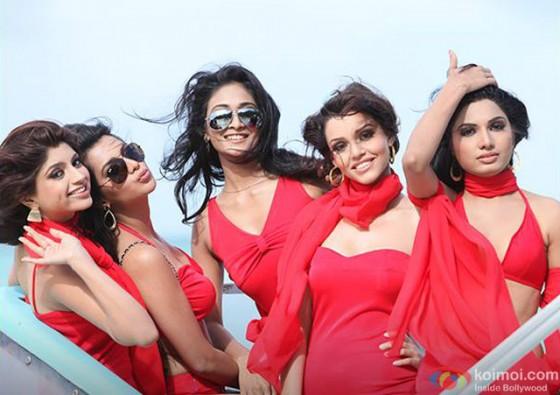 Akanksha Puri, Avani Modi, Kyra Dutt, Ruhi Singh and Satarupa Pyne in 'Calendar Girls' Movie Stills Pic 5