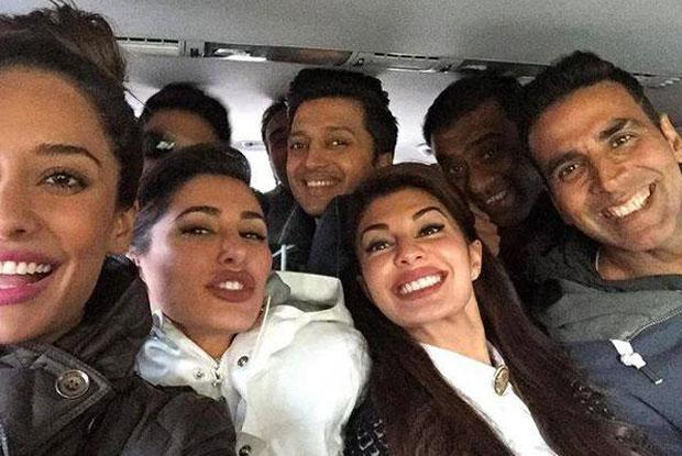 Lisa Haydon, Nargis Fakhri, Ritesh Deshmukh, jacqueline Fernandez, Sajid Khan and Akshay kumar on the sets of housefull 3