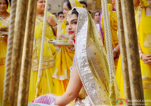 Sonam Kapoor in 'Prem Ratan Dhan Payo' Movie Stills