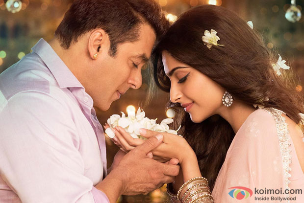 Salman Khan and Sonam Kapoor in 'Prem Ratan Dhan Payo' Movie Stills Pic 2