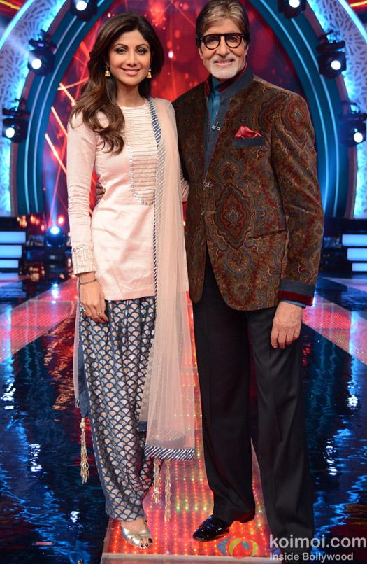Shilpa Shetty and Amitabh bachchan during the first look launch of Aaj Ki Raat Hai Zindagi