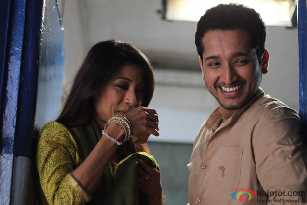 Paoli Dam and Parambrata Chatterjee in Yaara Silly Silly Movie Stills Pic 2