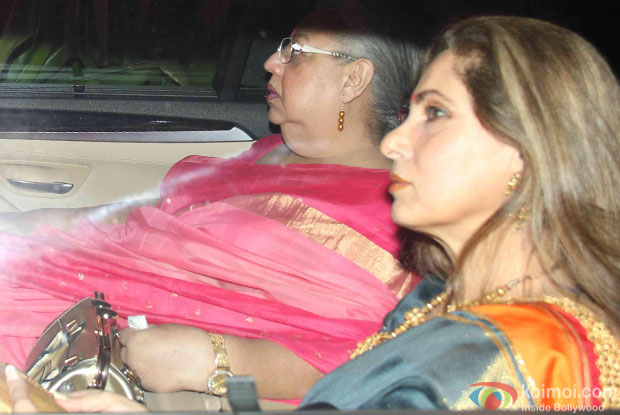 Dimple Kapadia attend Akshay Kumar's Diwali party