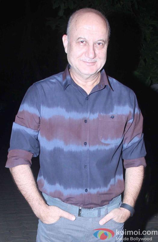 Anupam Kher attend Akshay Kumar's Diwali party