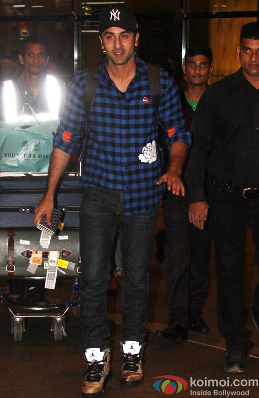Ranbir Kapoor spotted at airport
