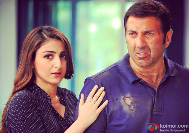Soha Ali Khan and Sunny Deol in a still from movie 'Ghayal Once Again'