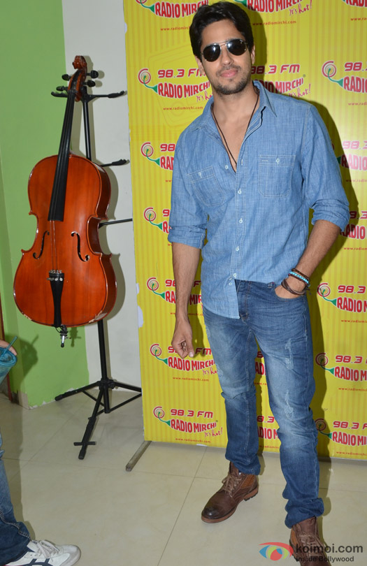 Sidharth Malhotra during the promotion of movie 'Kapoor And Sons' at Radio Mirchi Studio