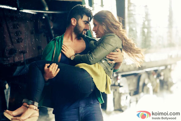 Arjun Kapoor and Kareena Kapoor Khan in a still from Ki And Ka
