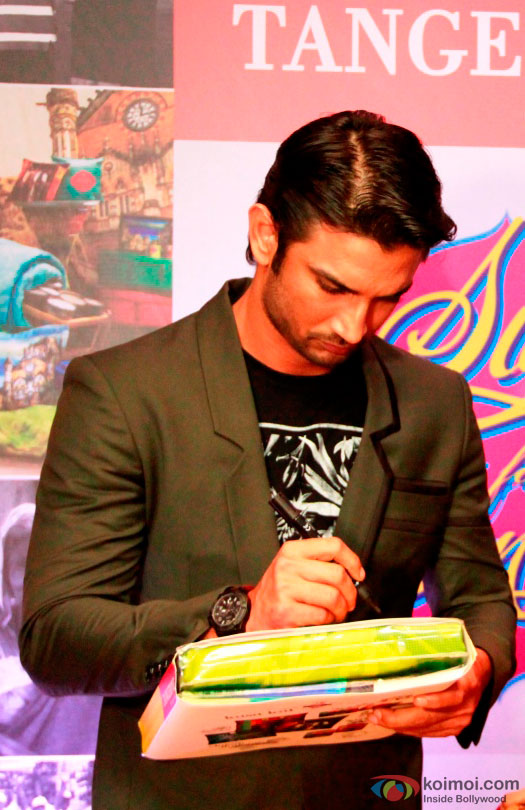 Sushant Singh Rajput during the event to help India's old folks by Tangerine
