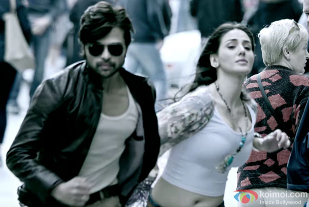 Himesh Reshammiya and Farah Karimaee in a still from Teraa Surroor