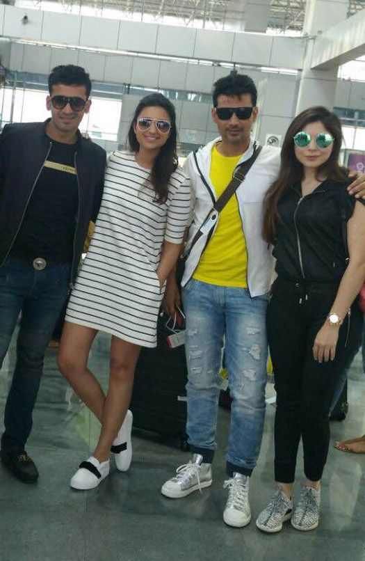 Parineeti, Meet Bros & Kanika Kapoor Spotted At The Airport