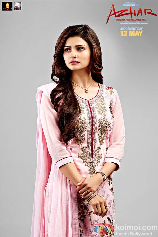 Prachi Desai's look from Azhar