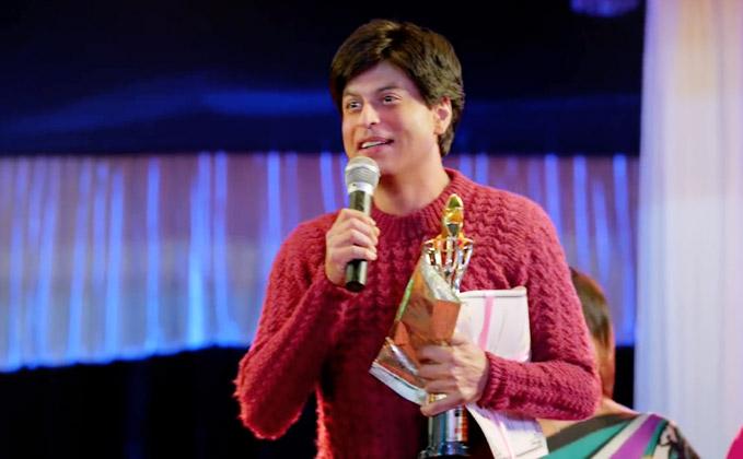 Shah Rukh Khan's Fan's Advance Booking Details