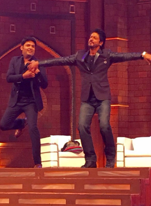Shah Rukh Khan Shoots For The Kapil Sharma Show's 1st Episode