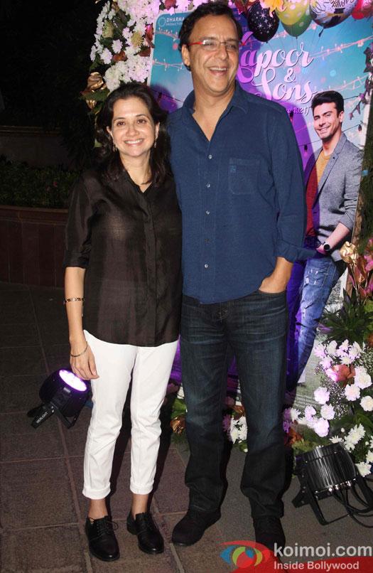 Vidhu Vinod Chopra and Anupama Chopra during the success party of Kapoor & Sons