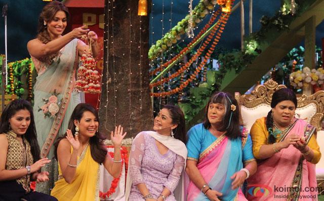 Bipasha Basu On The Sets Of 'The Kapil Sharma Show'