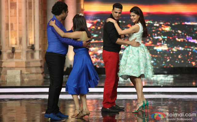 Akshay Kumar and Jacqueline Fernandez during the promotion of film 'Housefull 3' on the sets of 'India's Got Talent'