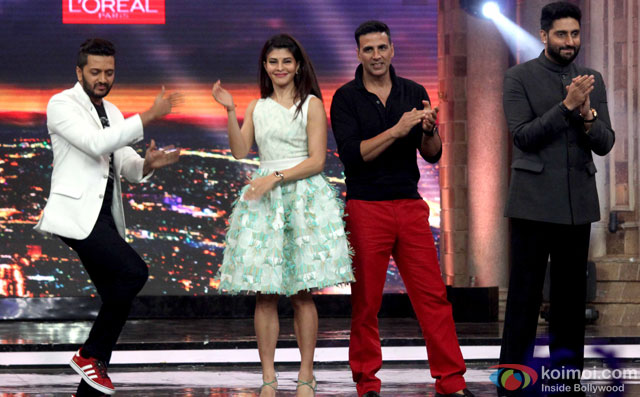 Riteish Deshmukh, Jacqueline Fernandez, Akshay Kumar and Abhishek Bachchan during the promotion of film 'Housefull 3' on the sets of 'India's Got Talent'