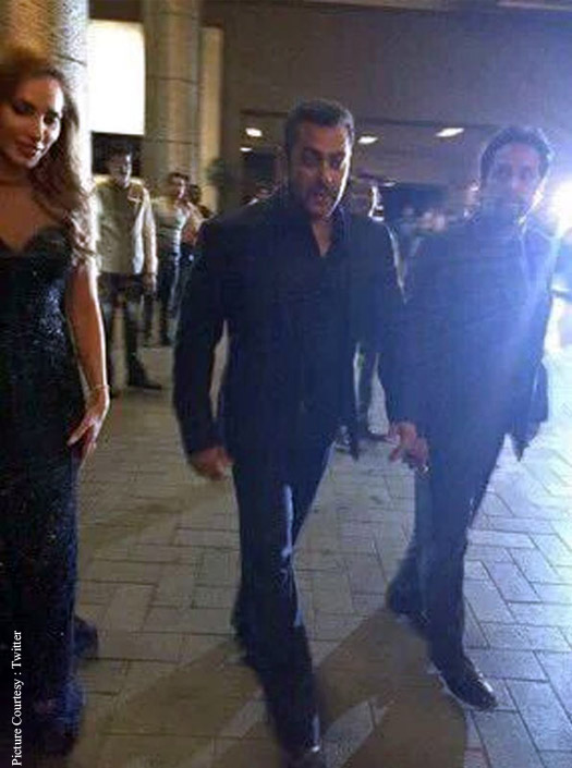 Salman with Iulia Vantur at Preity Zinta's wedding reception