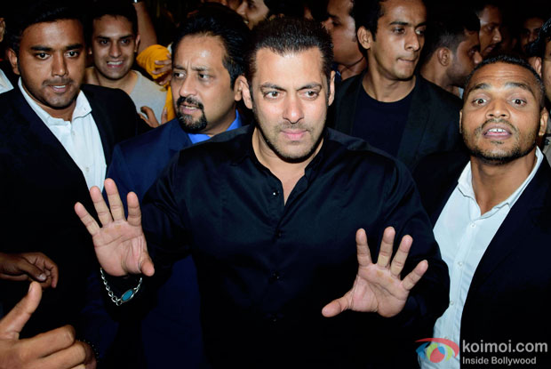 Salman Khan at Preity Zinta's wedding reception