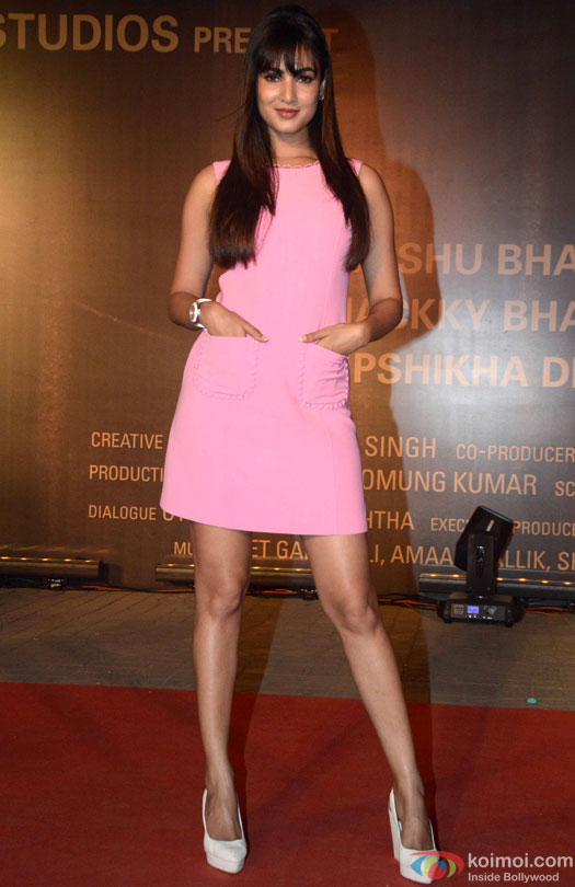 Sonal Chauhan during the Premiere Of Film 'Sarbjit'