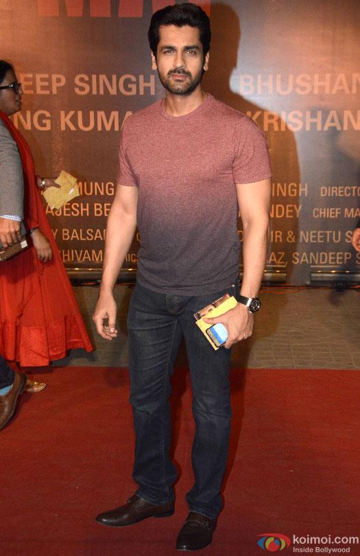 Arjan Bajwa during the Premiere Of Film 'Sarbjit'