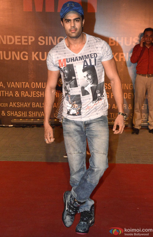 Manish Paul during the Premiere Of Film 'Sarbjit'
