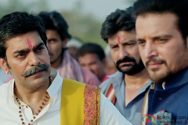 Ashutosh Rana and Jimmy Sheirgill in a still from Shorgul