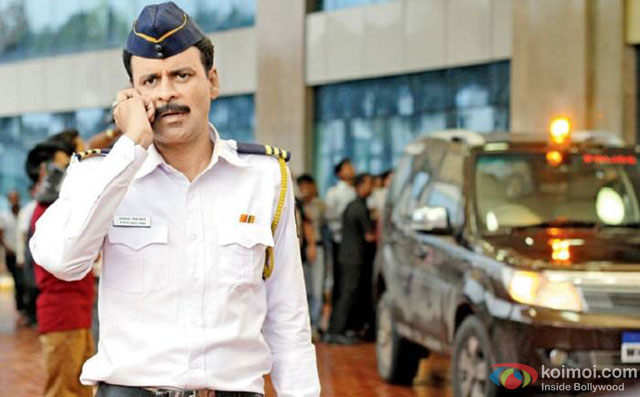 Manoj Bajpai in a still from movie 'Traffic'