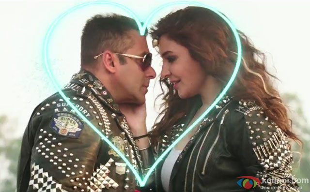 Salman Khan and Anushka Sharma in a '440 Volt' song still from movie 'Sultan'