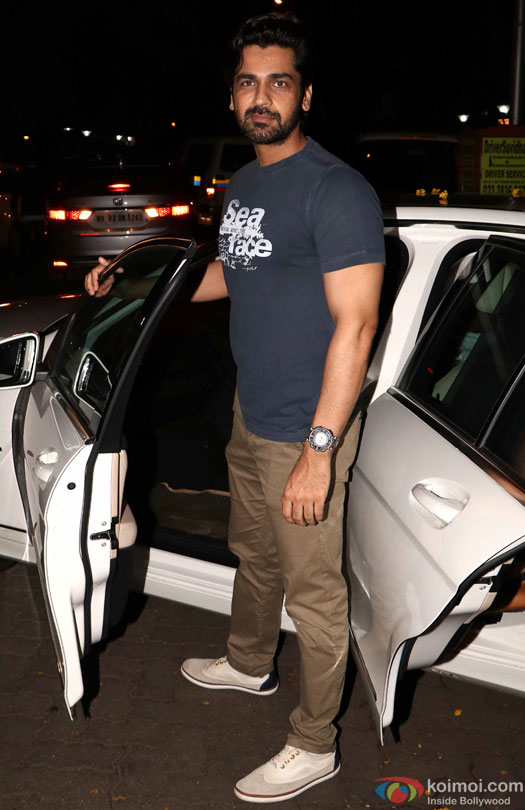 Arjan Bajwa at airport leave for IIFA 2016