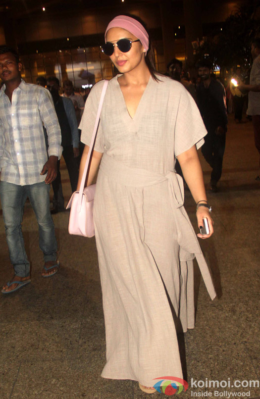 Huma Qureshi at International Airport