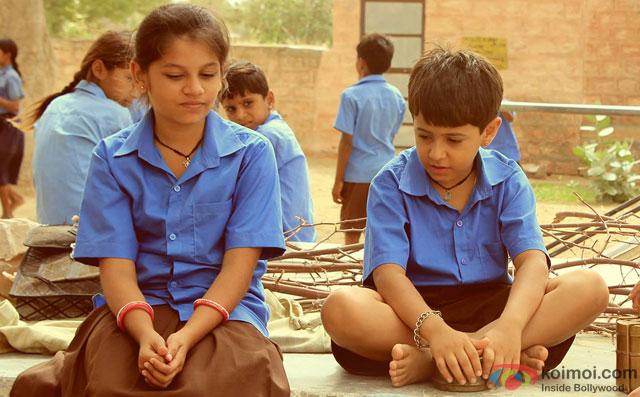 still from movie 'Dhanak'
