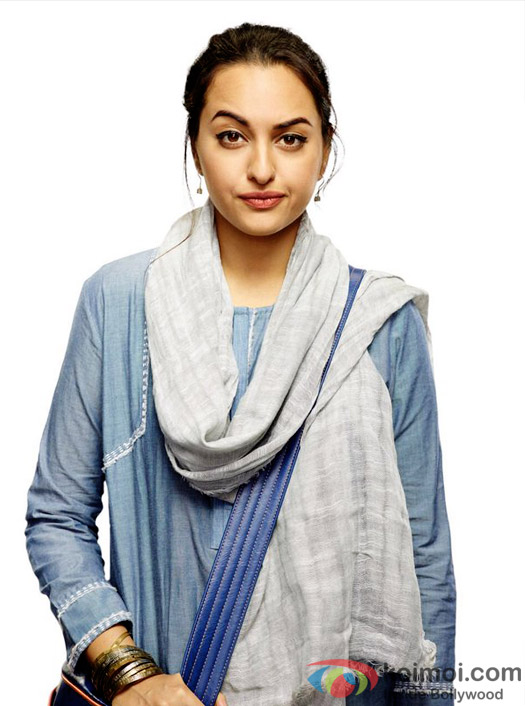 First look of Sonakshi Sinha as a journalist in Noor