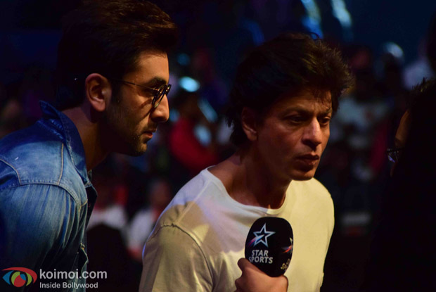 Ranbir Kapoor and Shah Rukh Khan during the fourth season of Pro-Kabaddi League 2016