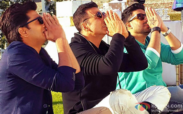 Riteish Deshmukh, Akshay Kumar and Abhishek Bachchan in a still from movie 'Housefull 3'