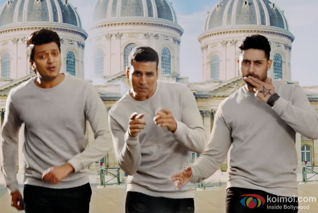 Riteish Deshmukh, Akshay Kumar and Abhishek Bachchan in a still from Housefull 3