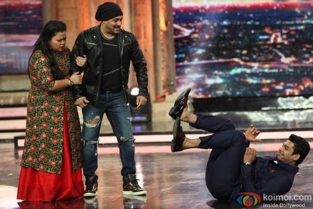 Salman Khan on the sets of India's Got Talent