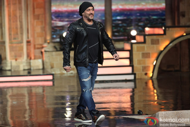 Salman Khan on the sets of India's Got Talent